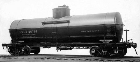 UTLX took delivery of 1000 cars built as AC&F lot 89A in 1923. Photo from Frank Hodina Collection.